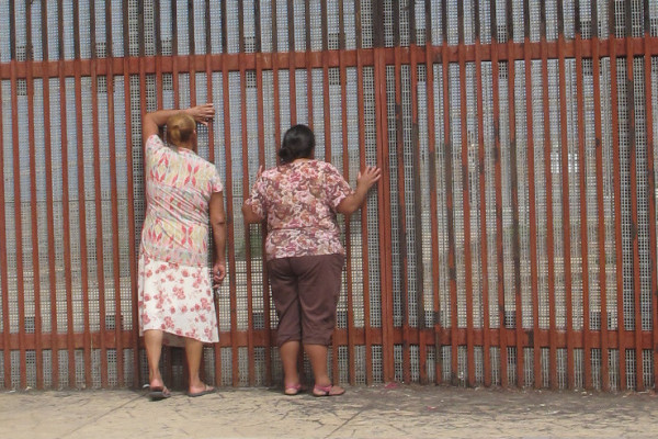Mexico Will Receive $75 Million by President Obama to Build a Wall