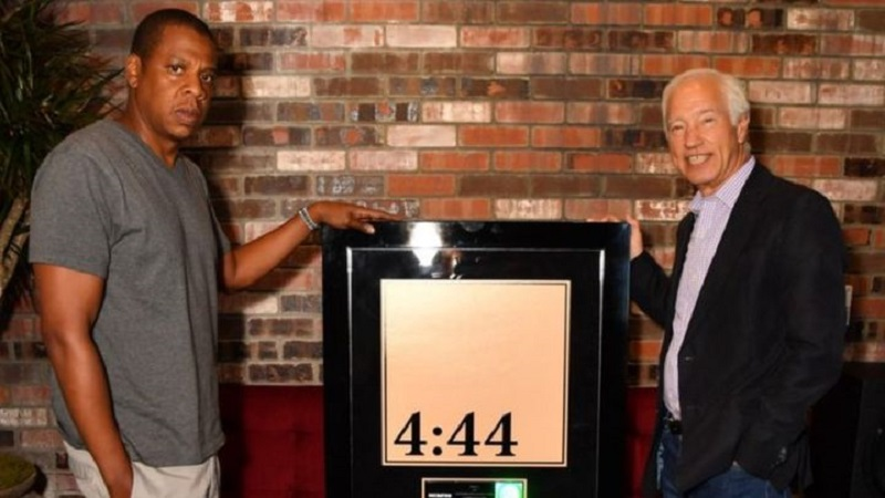 Why Digital-Only Album of Jay-Z went Platinum within a Week?
