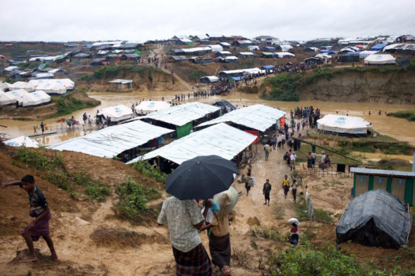 More than 582,000 Rohingya People have Arrived in Bangladesh: UNHCR
