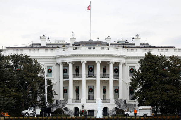 Cell Phone Ban for White House Staff